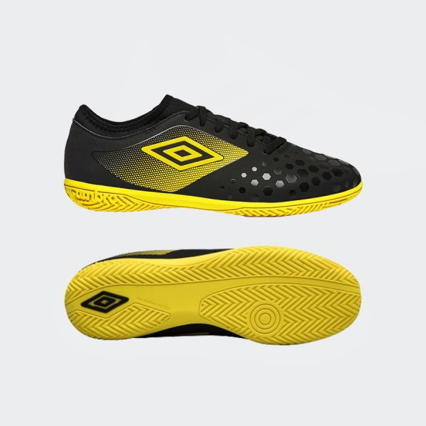 Umbro UX Accuro III Club IC