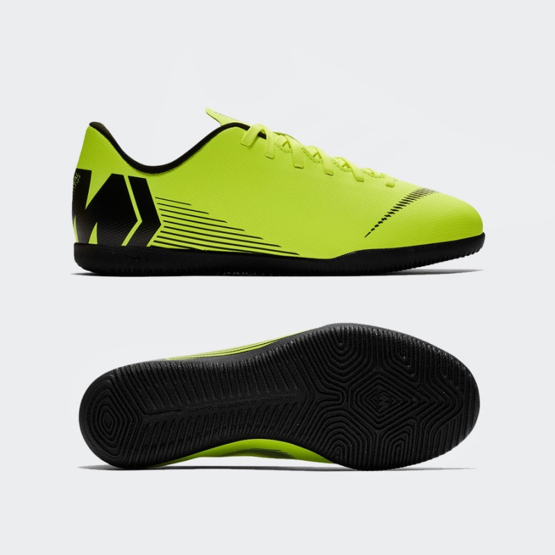brand new 2f43a 3b548 Nike MercurialX Vapor XII Club IC JR