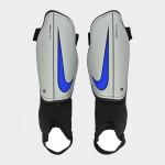 Espinillera Infantil Nike Charge 2.0