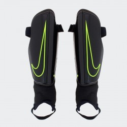 Espinillera Nike Charge 2.0