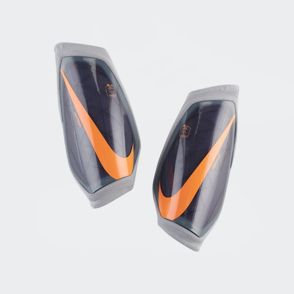 Espinillera Nike Protega Grid